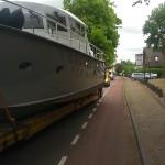 boat on the road boot op de weg