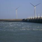 Oosterschelde-storm-surge-barrier-2