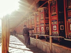 Barkhor Street prayer